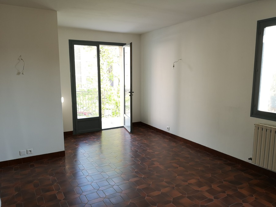 Location Appartement Bourg les valence  800 €