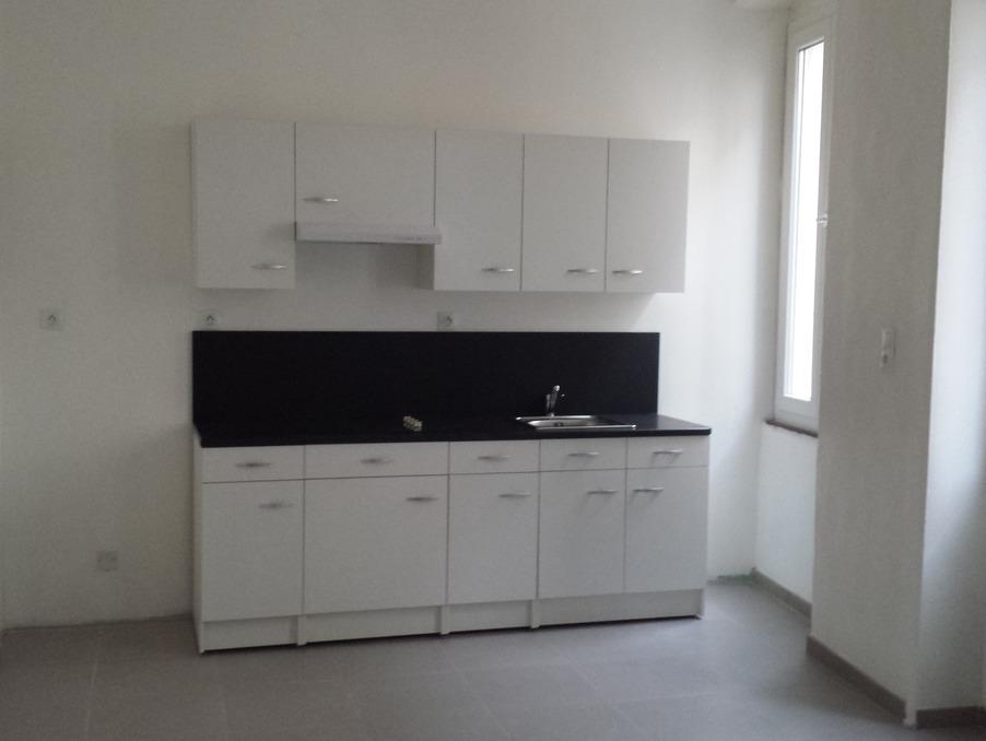 Location Appartement Montelimar  390 €