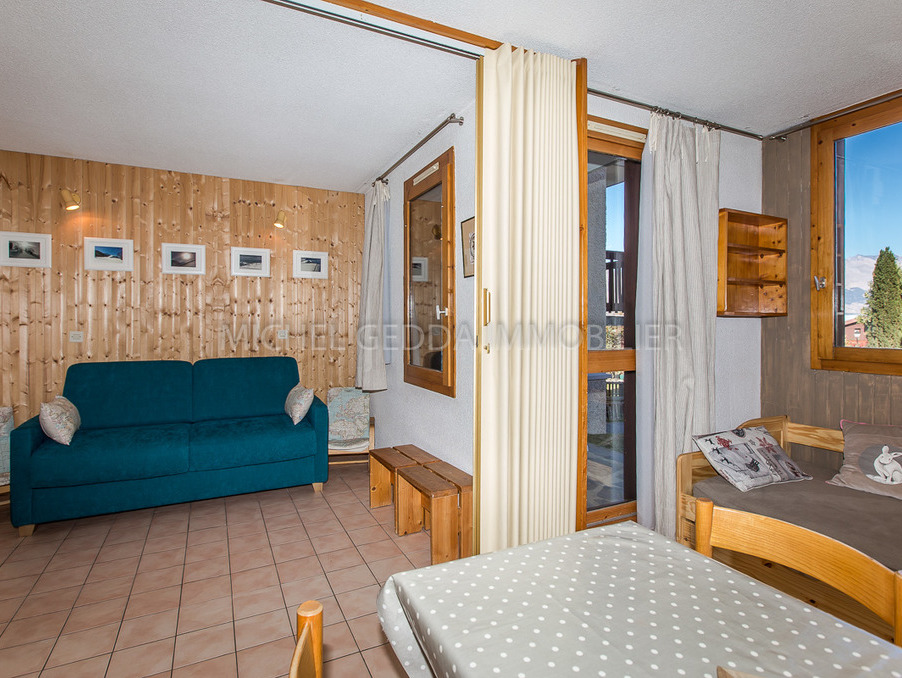 Location Appartement Bellentre  359 €