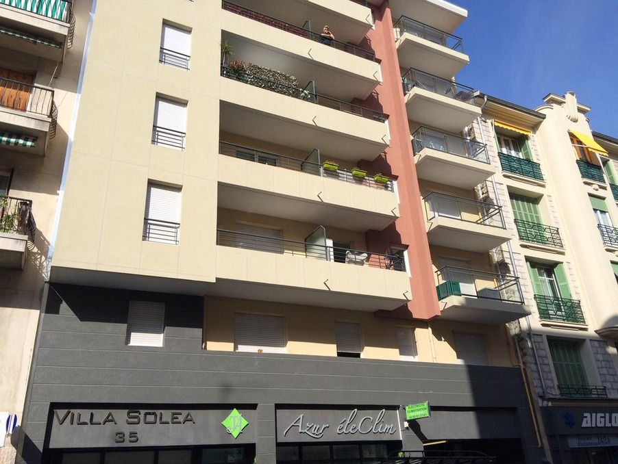 Location Appartement Nice  530 €