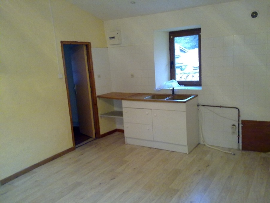 Vente Immeuble Avèze  145 000 €