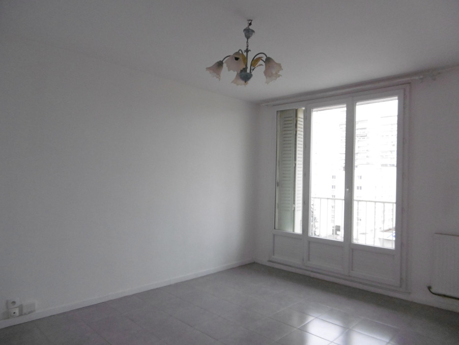 Location Appartement GRENOBLE  600 €