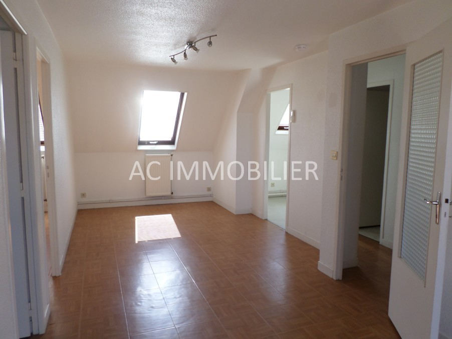 Location Appartement HESDIN  452 €