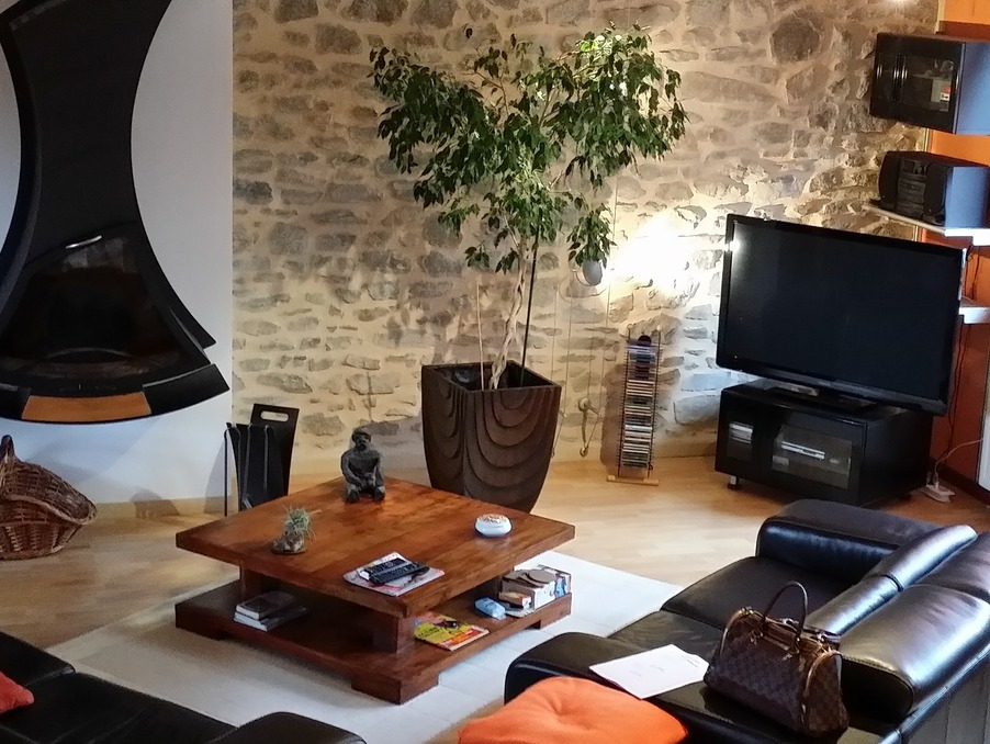 Vente Maison  séjour 56 m²  Eygurande  199 000 €