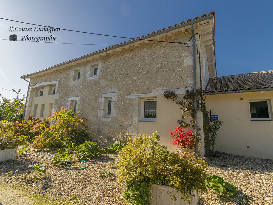 Vente Maison  3 chambres  Eymet  392 200 €