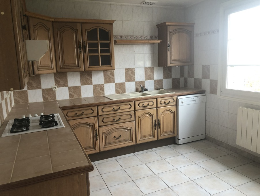 Location Maison PINS JUSTARET 1 085 €