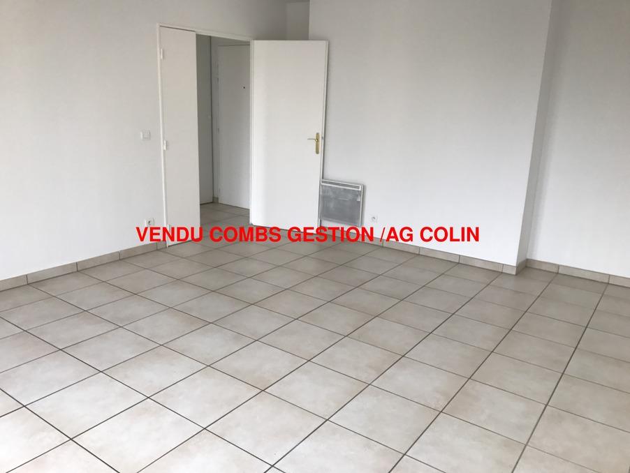 Location Appartement COMBS LA VILLE  780 €