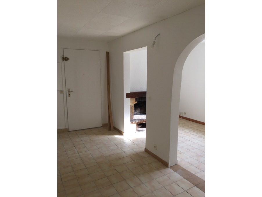 Location Appartement GUYANCOURT  620 €