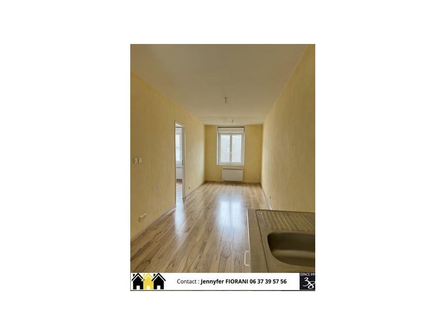 Location Appartement LA MURE  300 €