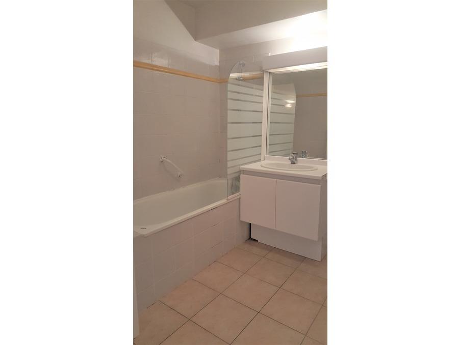Location Appartement PLAN DE CUQUES 8