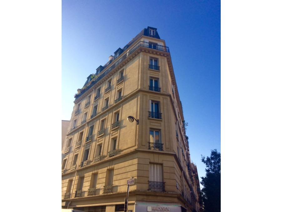 Location Appartement PARIS 10EME ARRONDISSEMENT  995 €