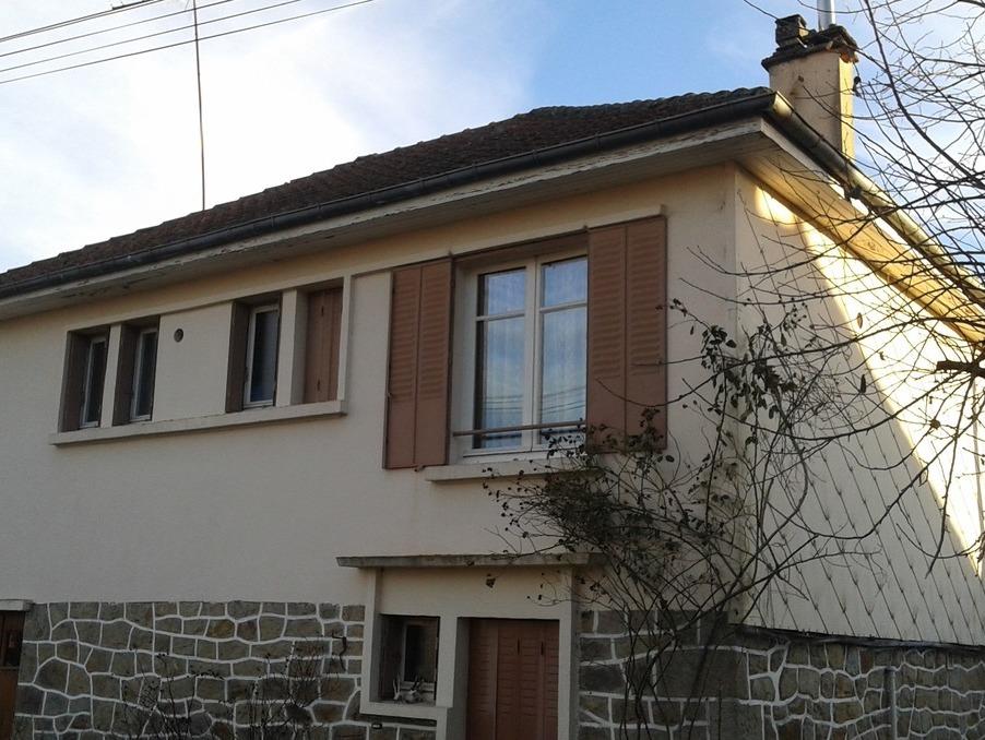 Vente Maison  3 chambres  BOURG LASTIC 65 400 €