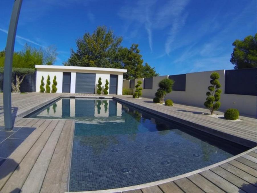 Vente Maison  4 chambres  Vernegues  490 000 €