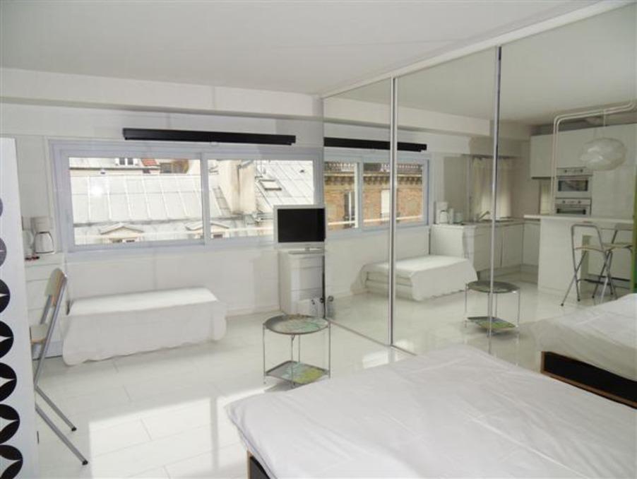 Location Appartement PARIS 17EME ARRONDISSEMENT  945 €