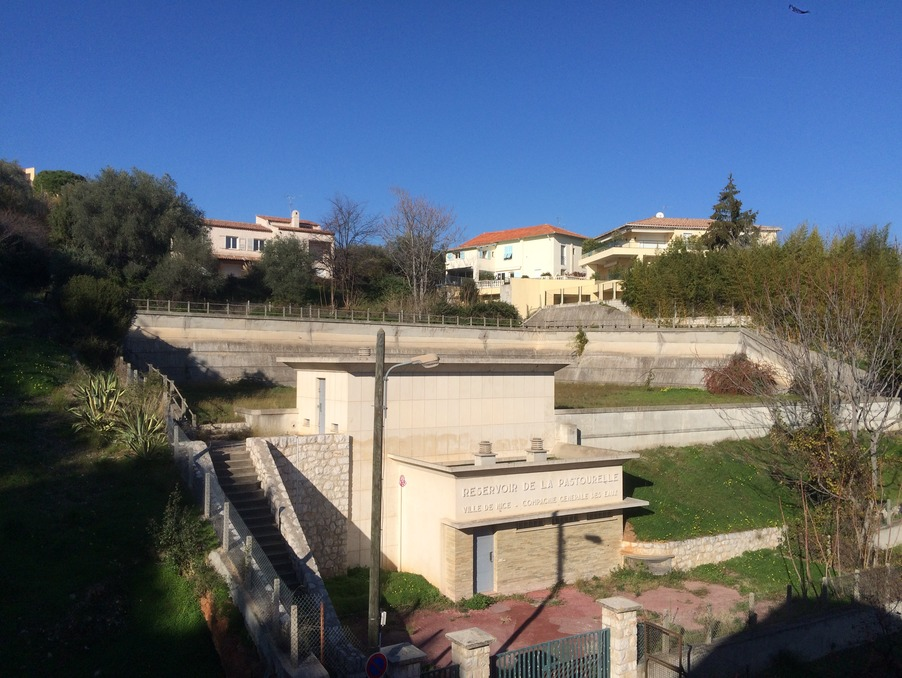 Location Appartement NICE  450 €