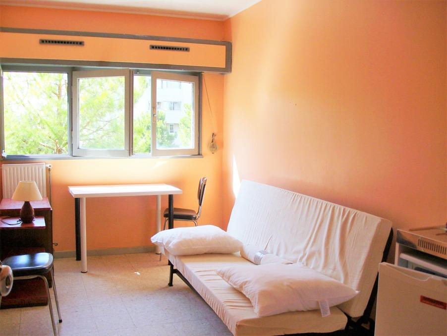 Location Appartement MARSEILLE 12  260 €