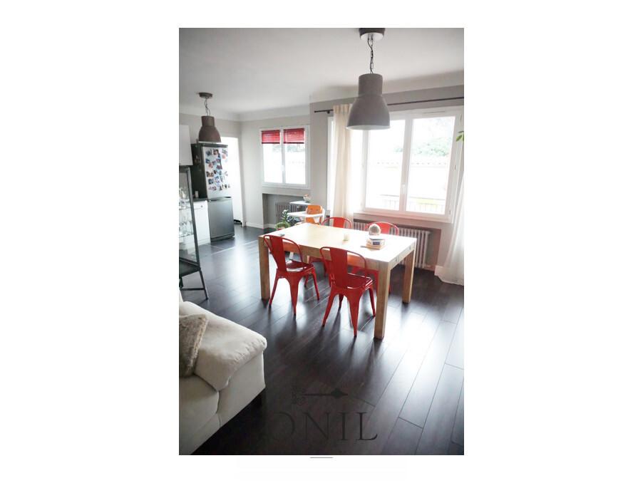 Vente Appartement  2 chambres  LYON 4EME ARRONDISSEMENT  295 000 €