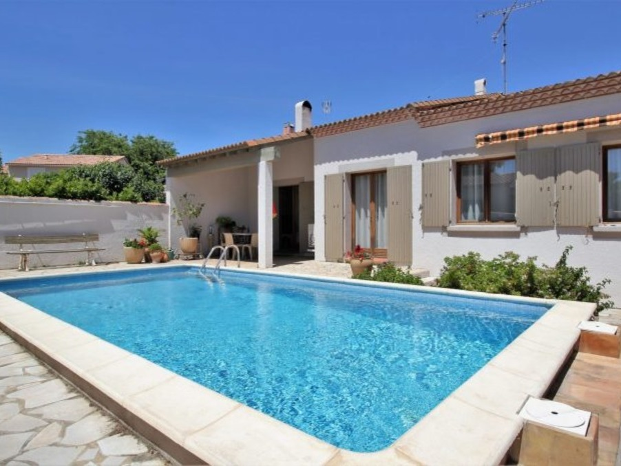 Vente Maison  3 chambres  Nîmes  260 000 €