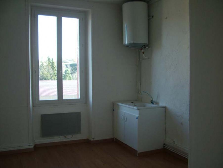 Location Appartement LANGOGNE  300 €