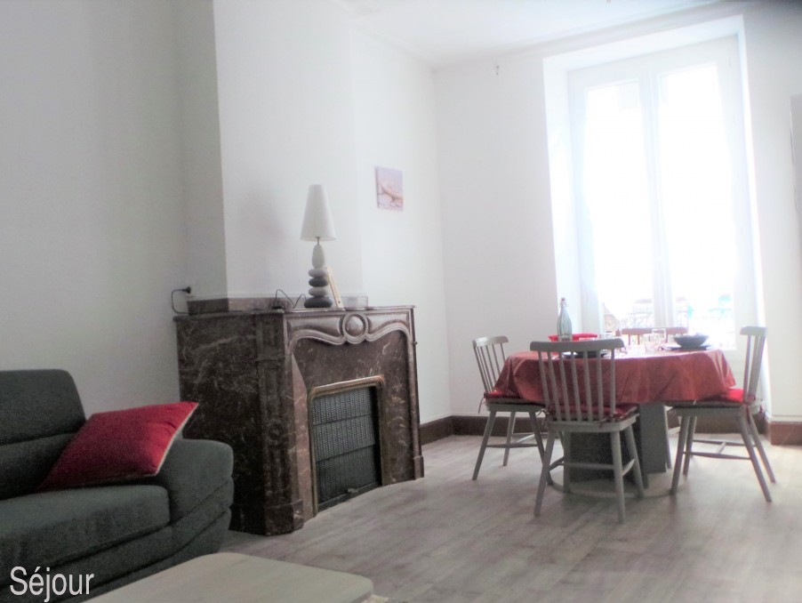 Location Appartement BAGNERES DE BIGORRE  250 €