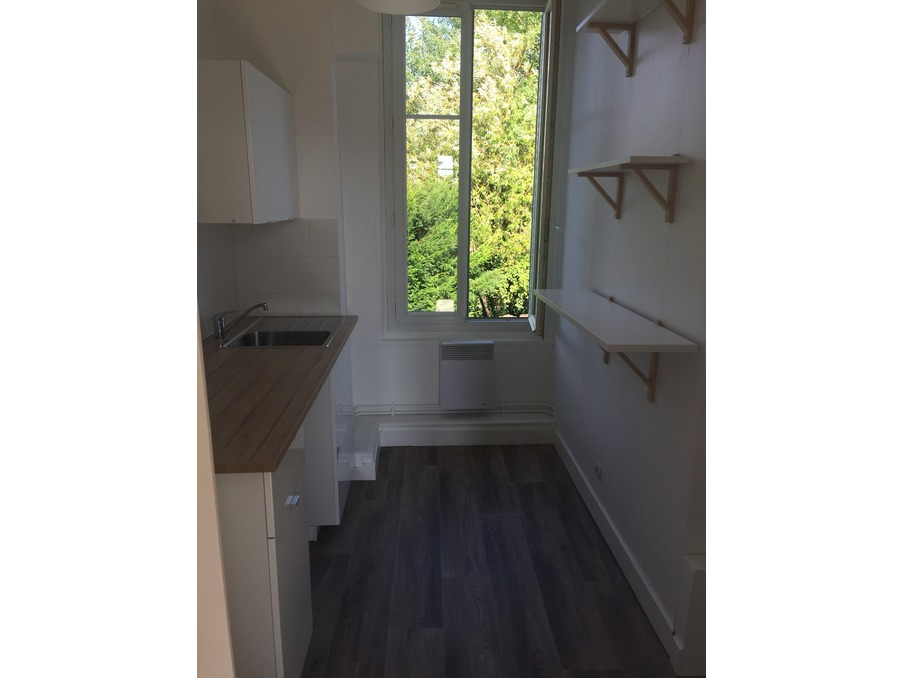 Location Appartement TOURS  600 €