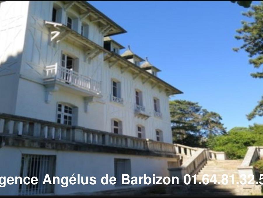 Vente Maison  6 chambres  FONTAINEBLEAU 2 100 000 €