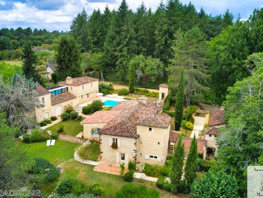 Vente Maison MAZEYROLLES  880 000 €