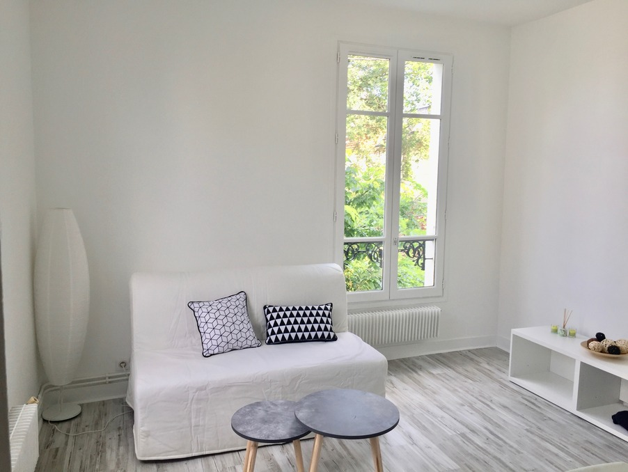 Location Appartement COLOMBES  790 €