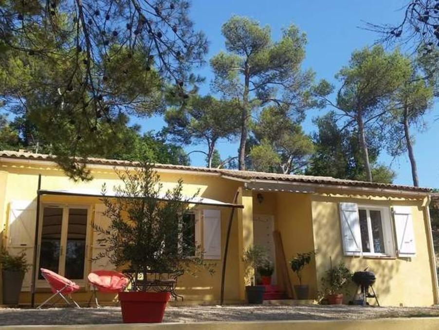 Vente Maison  3 chambres  Rocbaron  283 000 €