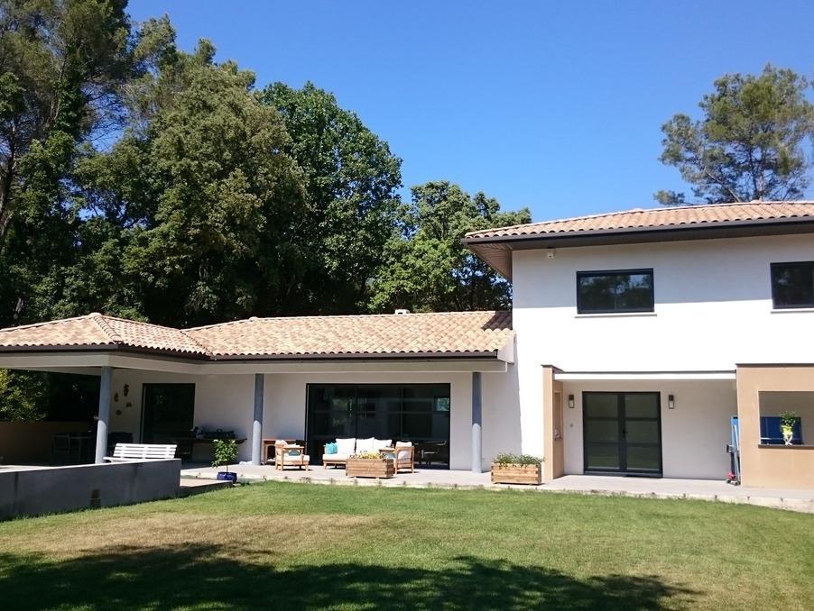 Location Maison ASSAS  243 €