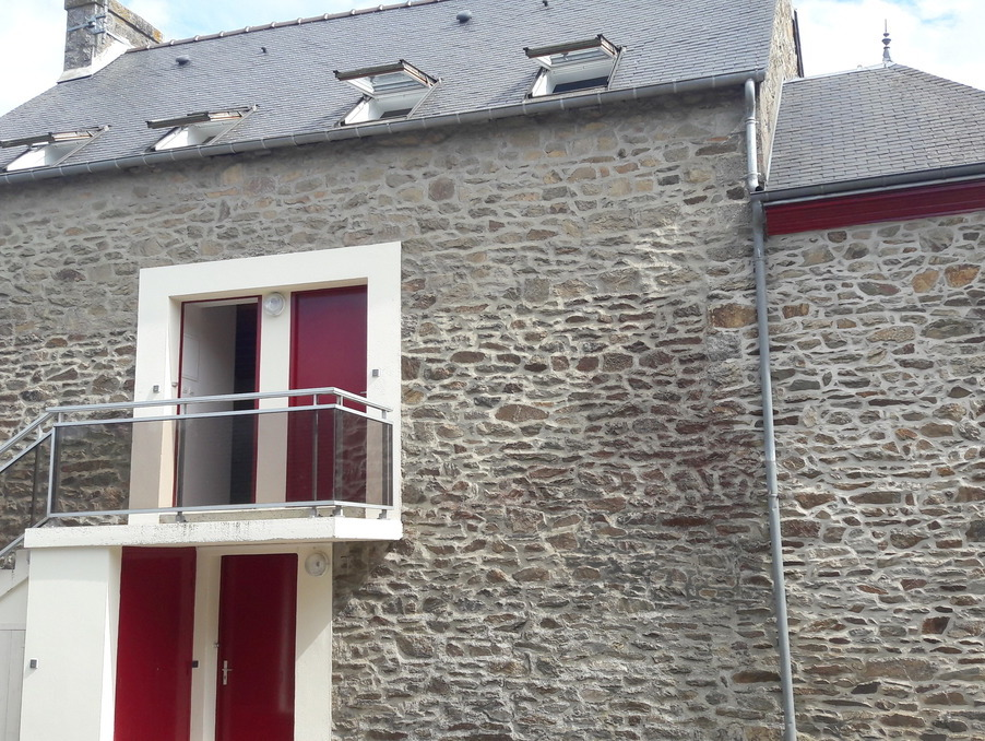 Location Appartement BOURBRIAC  330 €