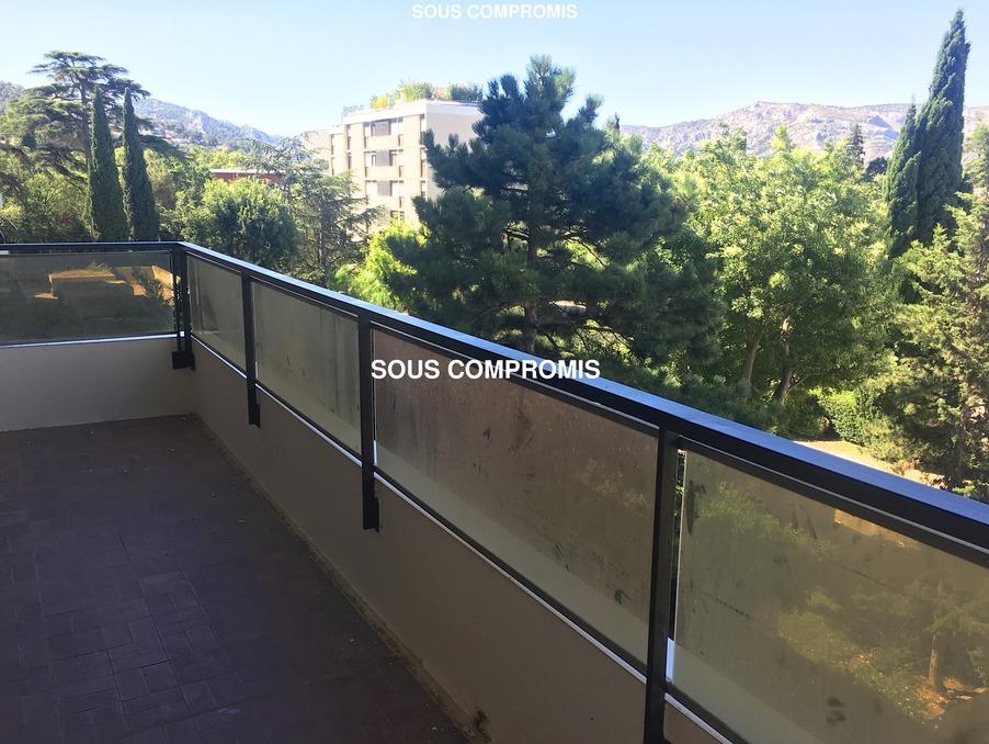 Vente Appartement  2 chambres  MARSEILLE 9EME ARRONDISSEMENT  145 000 €