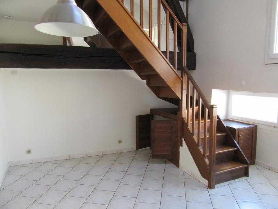 Location Appartement BEYNES 3