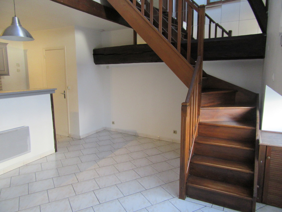 Location Appartement BEYNES 7