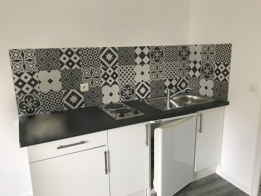 Location Appartement GUINGAMP  290 €