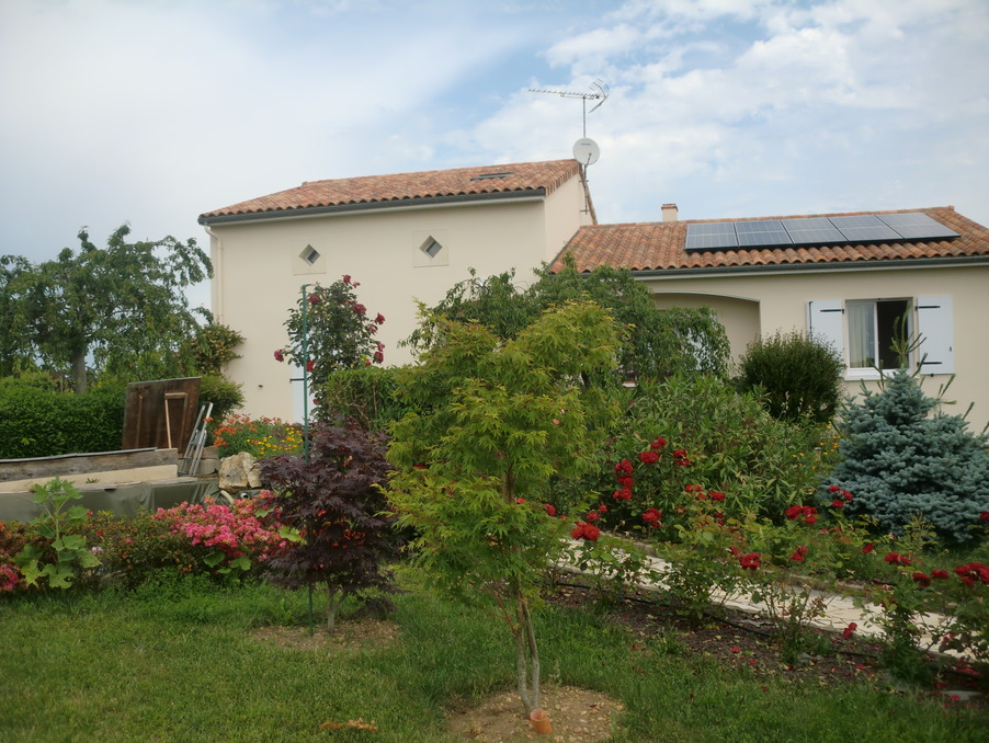 Vente Maison  avec jardin  CHAUVIGNY  273 000 €