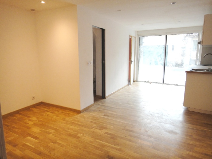 Location Appartement RIANS 2