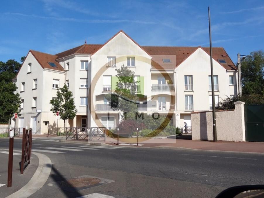 Location Appartement Achères  750 €
