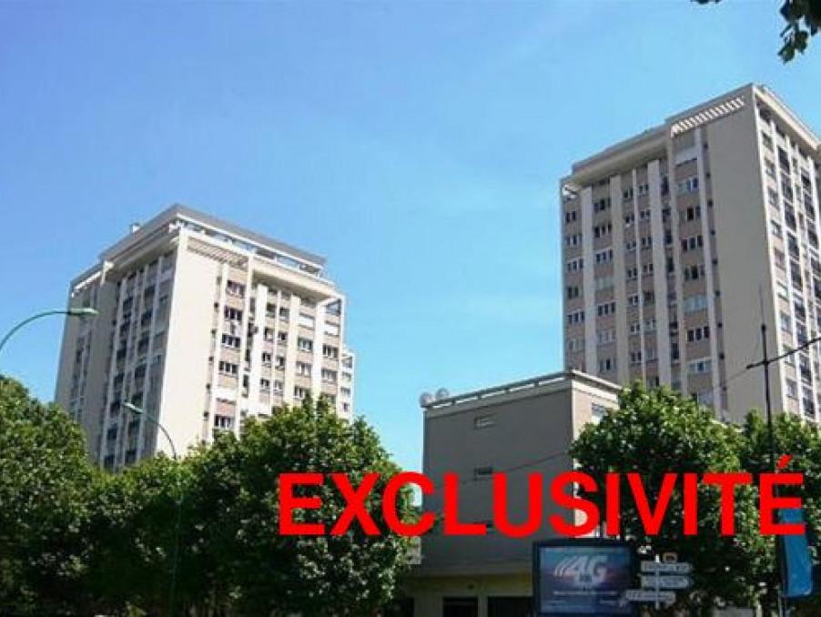 Location Appartement ALFORTVILLE  554 €