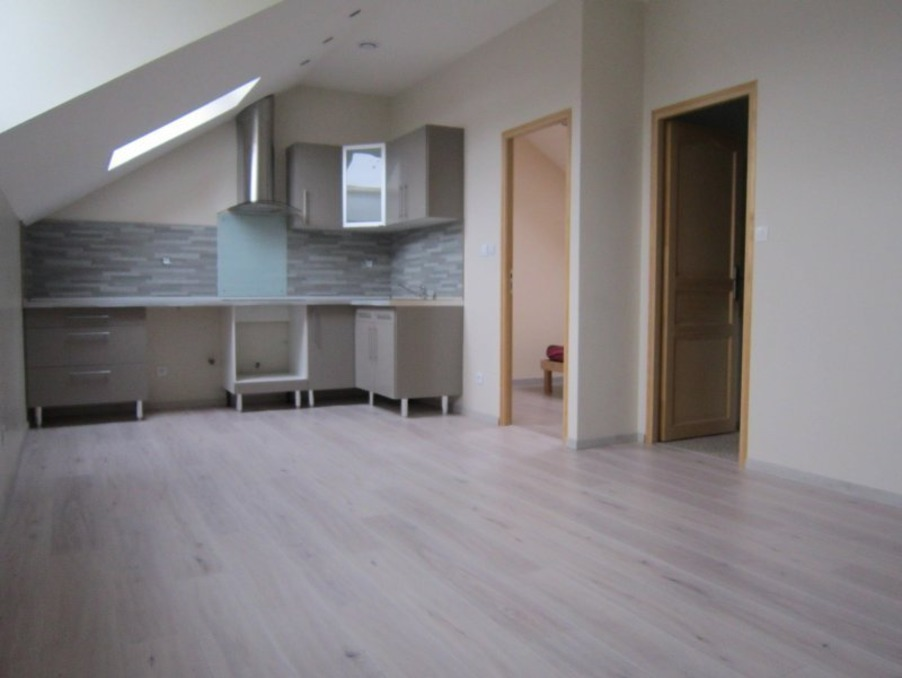 Location Appartement CHAUMONT  400 €