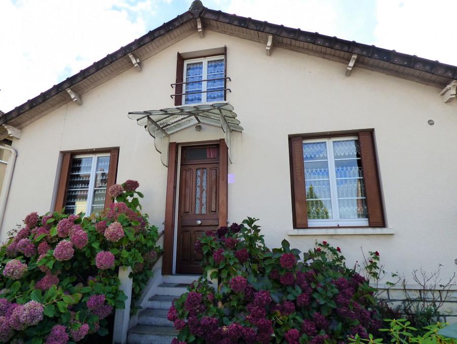 Vente Maison ST YRIEIX LA PERCHE  107 000 €