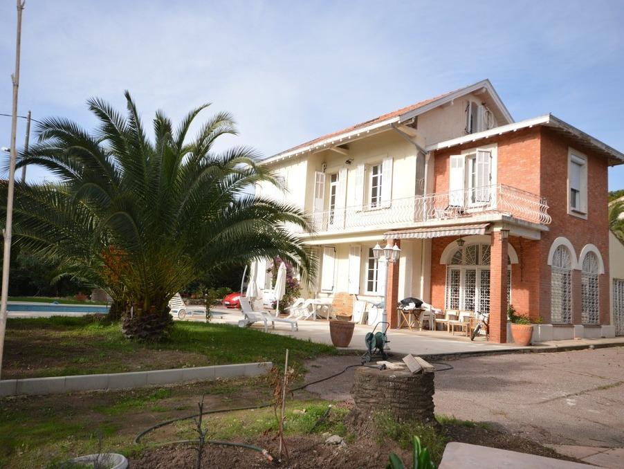 Vente Maison  7 chambres  Saint-Raphaël 1 470 000 €