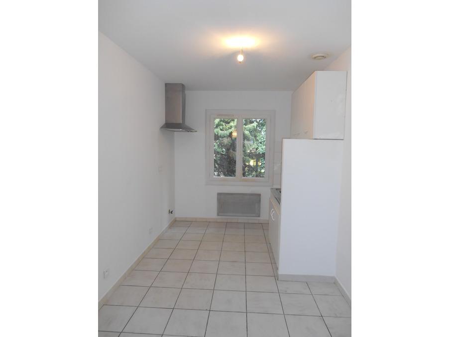 Location Appartement JONQUERETTES  340 €