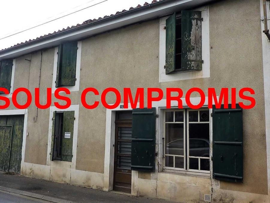 Vente Maison CHASSENEUIL SUR BONNIEURE 85 600 €