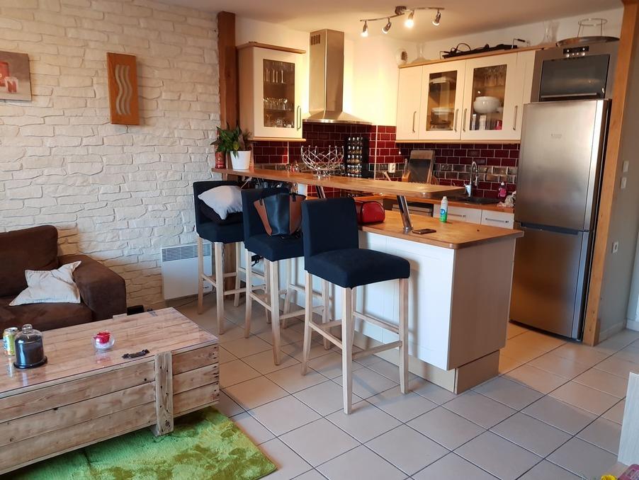 Location Appartement COMBS LA VILLE  870 €