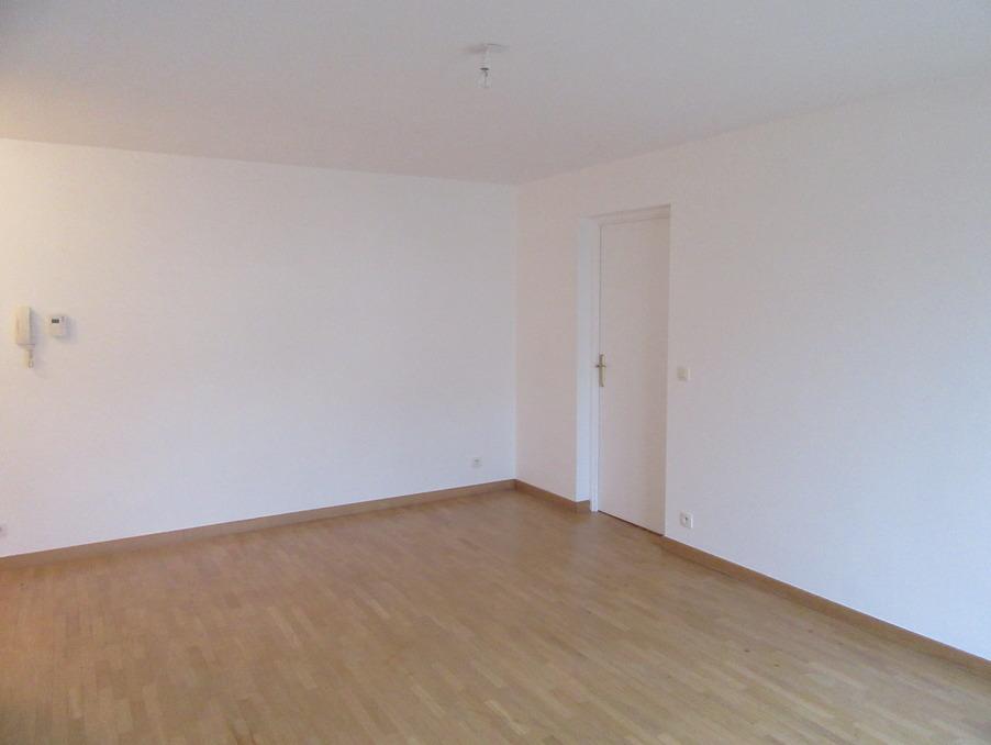 Location Appartement GUYANCOURT 5