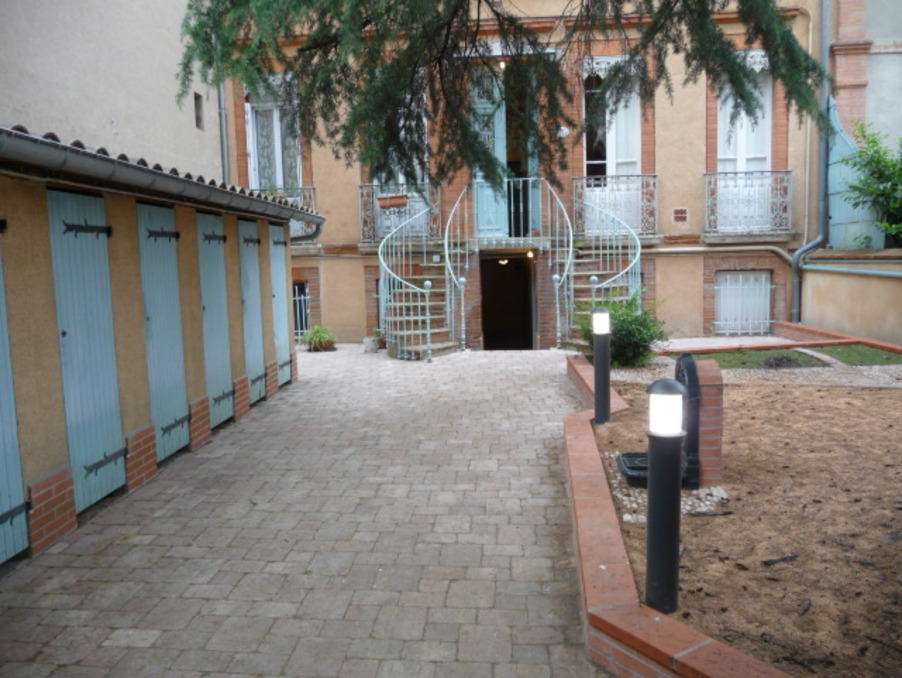 Location Appartement TOULOUSE  465 €
