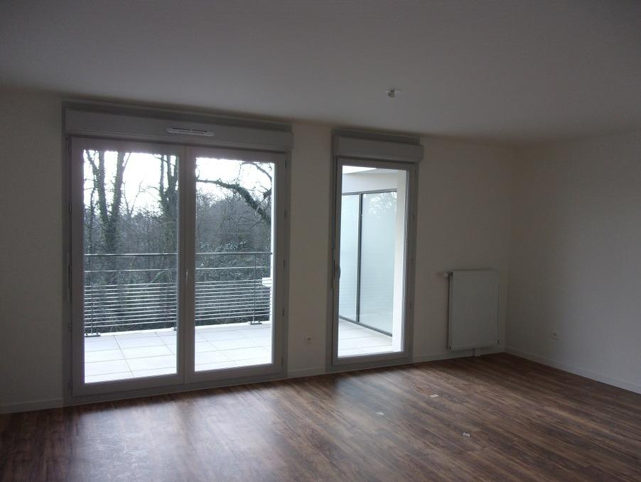 Location Appartement GUYANCOURT  840 €