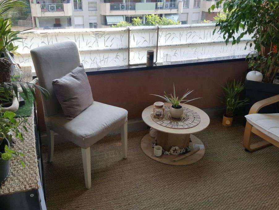 Achat appartement avec terrasse t2 menton 42 7 m 199000 for Vente appartement avec terrasse
