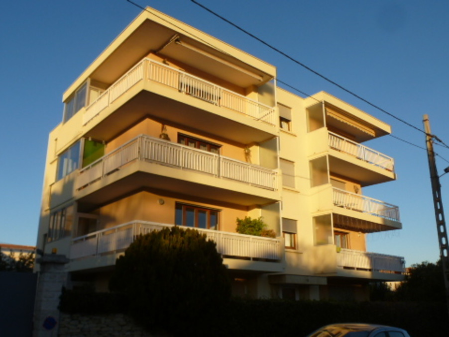Achat appartement avec veranda 2 chambres marseille 12eme for Vente appartement marseille
